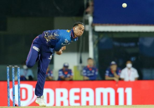 Rahul Chahar picked up 4 wicket against KKR