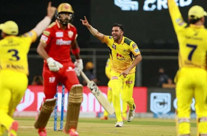 CSK win by 6 wickets
