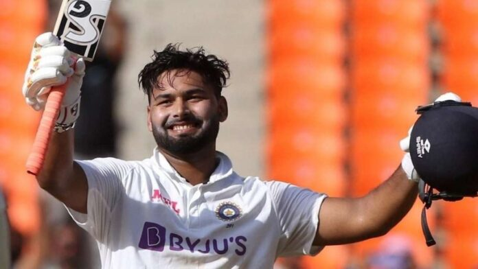 Rishabh pant trolled for not wearing mask