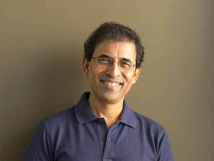 Indian commentator and sports presenter Harsha Bhogle has picked India's all-time Test XI.