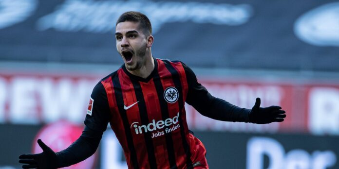 Tottenham identify Andre Silva as Harry Kane replacement