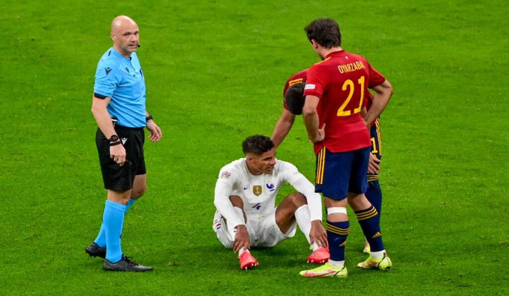 Raphael Varane Is Out With An Injury For Manchester United, Six Sports